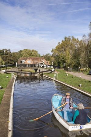 River Wey Navigations ©National Trust Images  / Chris Lacey