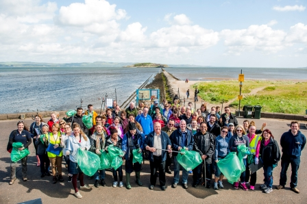 M&S staff and volunteers at the Big Beach Clean-up in Cramond,  near Edinburgh (Marine Conservation Society)