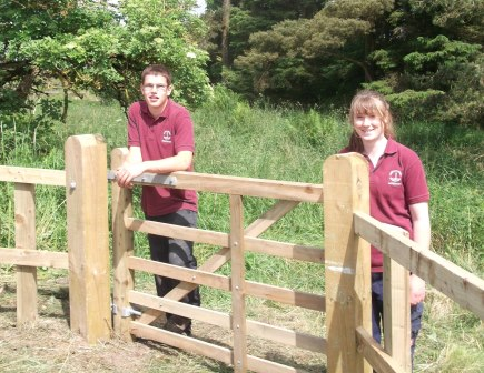 NYMNPA Apprentices with a newly installed gate (NYMNPA)