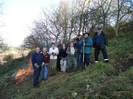 Task volunteers scrub clearing on the Western Heights Nature Reserve  (Paul Sampson, WCCP)