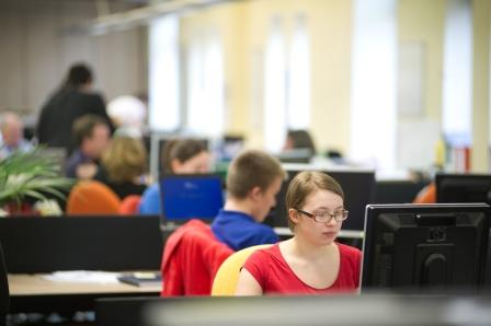 Office based volunteers in Leeds (Canal & River Trust)