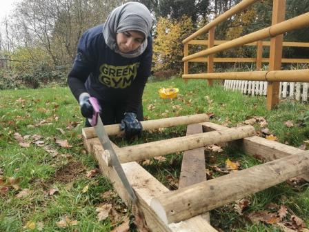 TCV Selly Oak Green Gym Birmingham Health for Life volunteer making a gate (TCV)