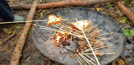Cooking fruit bread at nature tots (Kent Wildlife Trust)