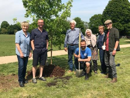 Friends of Latchmere Recreation Ground, Kingston-upon-Thames community tree-planting. May 2019 ©JaneTatnell_FoLaR