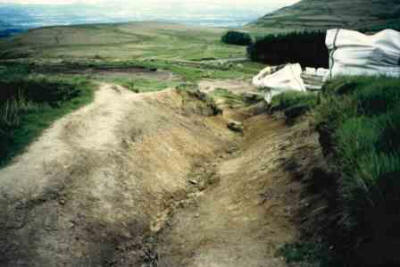 Early 90's erosion on the Cleveland Way  (North York Moors National Park)