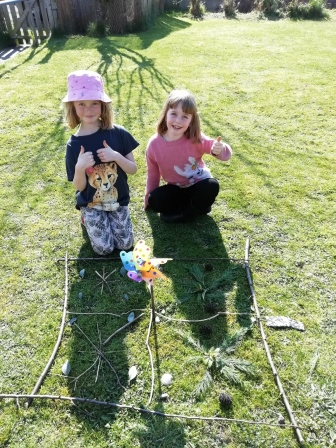Maths & Numeracy in the garden – NRW's Natural Symmetry activity (NRW)