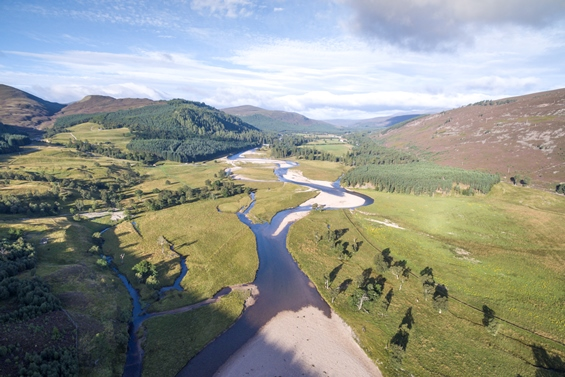 overview of River Dee with riparian growth (credit James Shooter/scotlandbigpicture.com)