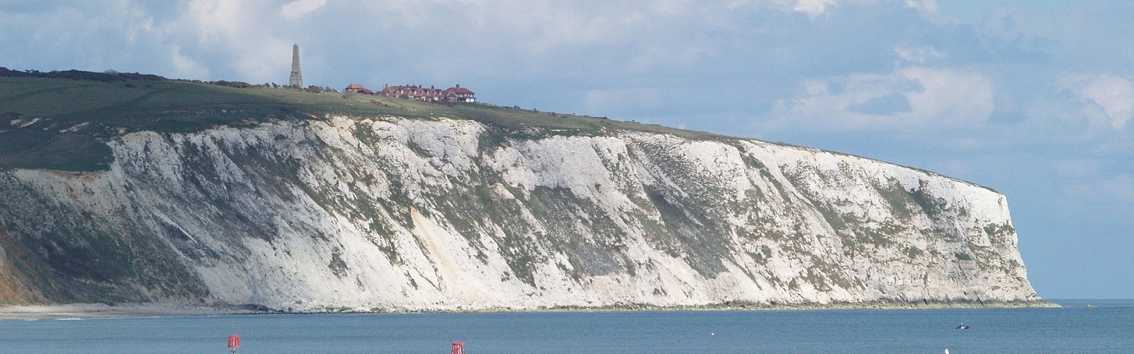 Isle of Wight cliffs (image: pixabay)